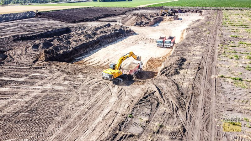 Чиї кар'єри? Поліція шукає, хто видобуває глину поблизу траси Н-31 на Полтавщині